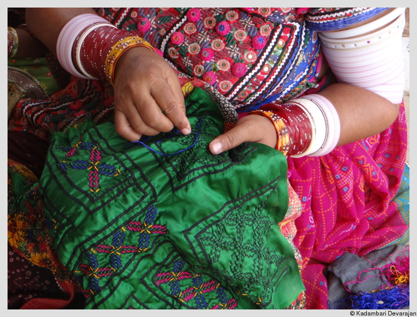 /photos/banni/kutchi_embroidery.JPG